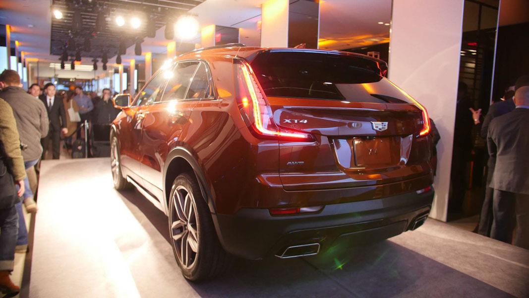 Cadillac CT4 mới ra mắt, tuyên chiến với Lexus UX, BMW X2 - 3