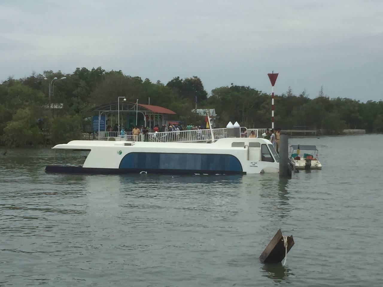 Tin mới nhất vụ tàu cao tốc chở 42 hành khách bị chìm ở TP.HCM