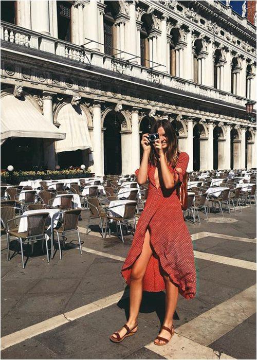 Váy quấn cổ điển: Lựa chọn nữ tính tuyệt vời cho hè - 2