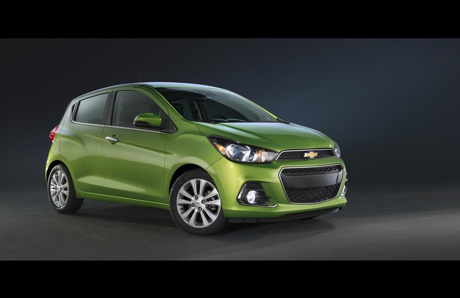 Đối thủ của Kia Morning: Chevrolet Spark 2019 ra mắt - 3