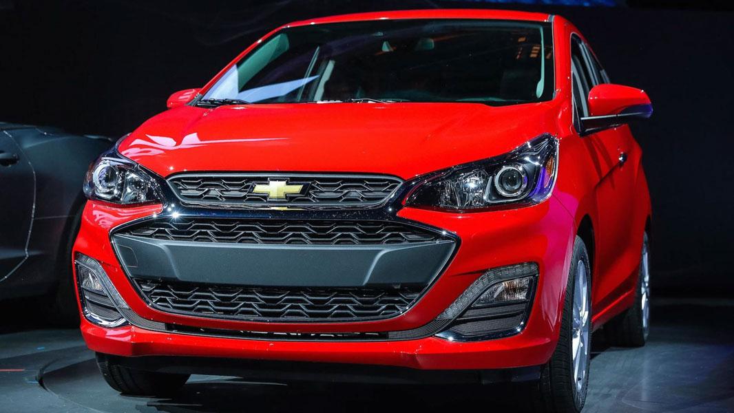 Đối thủ của Kia Morning: Chevrolet Spark 2019 ra mắt - 1