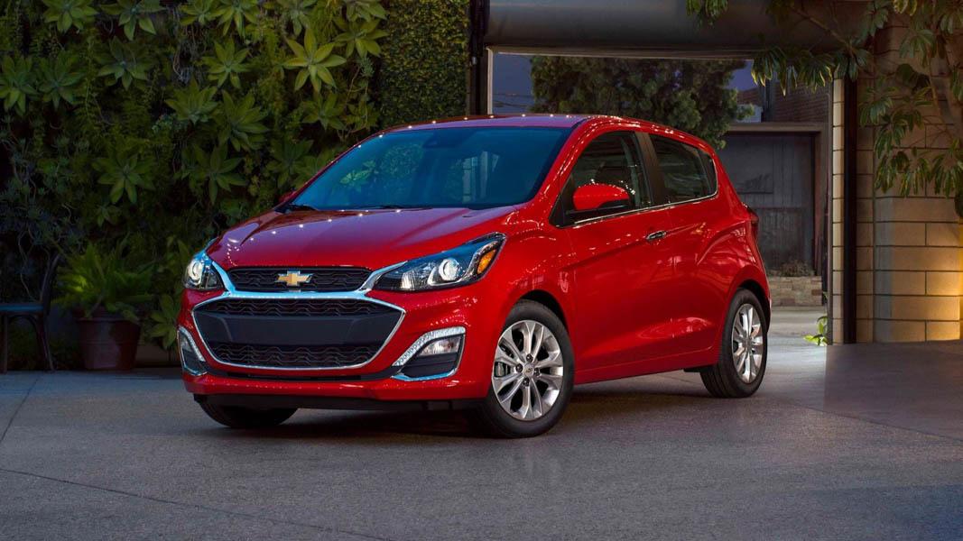 Đối thủ của Kia Morning: Chevrolet Spark 2019 ra mắt - 2