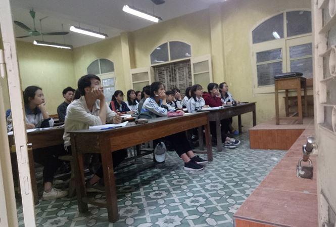 Hàng loạt trung tâm luyện thi đại học chiêu sinh trước kì thi THPT - 1