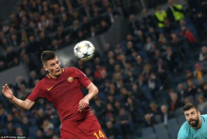 """Góc chiến thuật Roma - Barcelona: Messi """"tầm thường"""" vì Valverde hèn nhát - 3"""