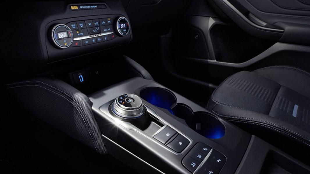 Ngắm vẻ đẹp của Ford Focus 2019 vừa ra mắt - 9