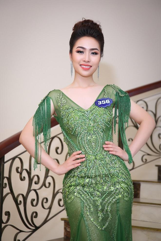 Tình cũ 3 năm của Lê Hiếu: Cô gái đẹp nổi bật ở Hoa hậu Biển Việt Nam toàn cầu - 8