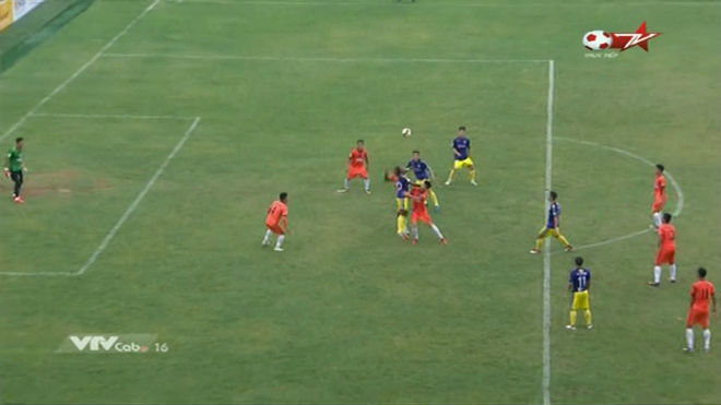 Đà Nẵng - Hà Nội: Quỳ rạp trước siêu hat-trick (vòng 5 V-League 2018)