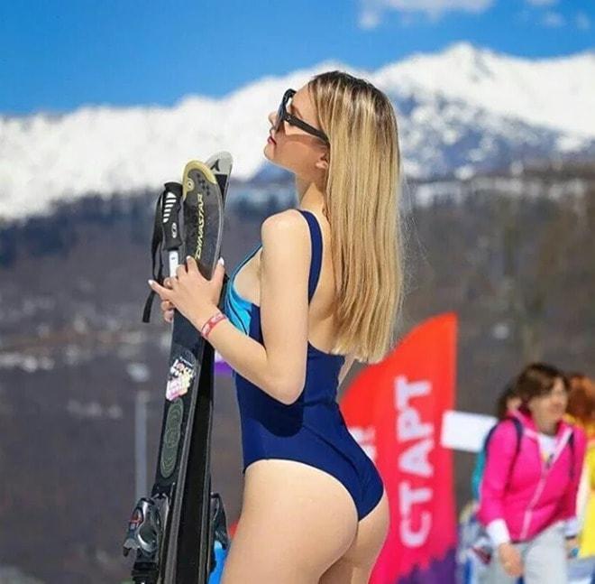 Ngàn gái đẹp diện bikini nóng bỏng trong lễ hội trượt tuyết tại Nga - 3
