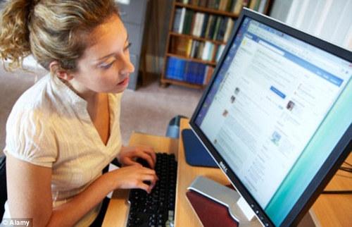 Facebook khiến con người ghen tị, chán nản và bị tâm thần