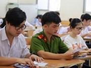 Tin tức trong ngày - Sĩ tử hồi hộp bước vào môn thi đầu tiên