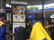 Thị trường - Tiêu dùng - Ô tô, xăng dầu sắp giảm giá mạnh?