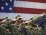 Thế giới - Quân đội Mỹ bỏ lệnh cấm người chuyển giới