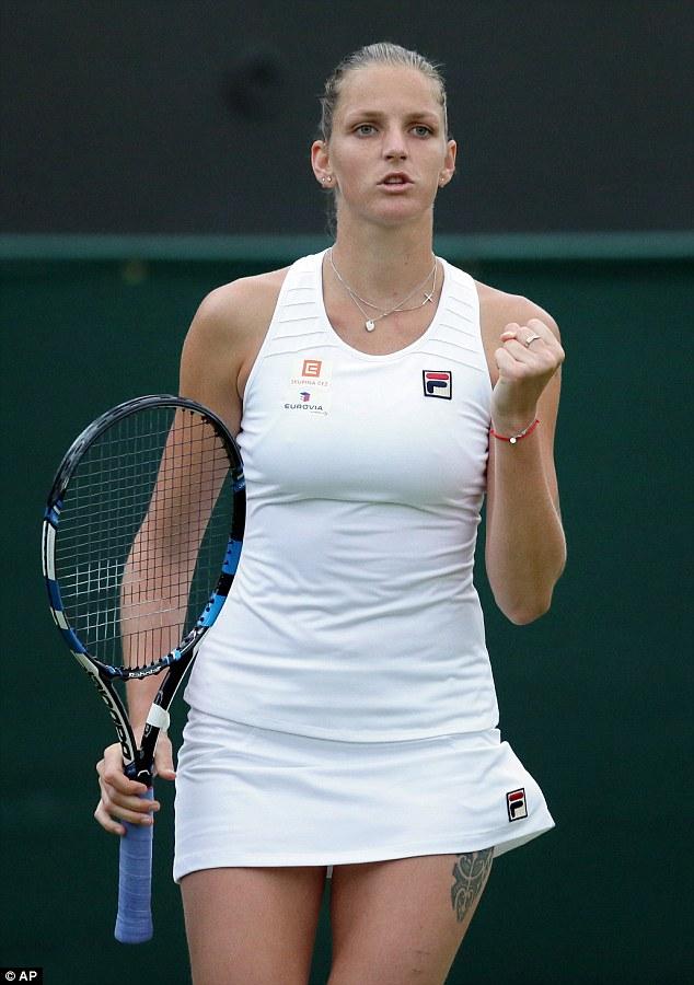"""Soi hình xăm cá tính của các """"bóng hồng"""" ở Wimbledon"""