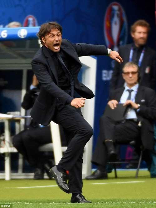 Italia & siêu sơ đồ 3-5-2: Thiên la địa võng của Conte