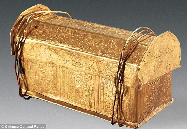 Hài cốt Phật Thích-ca Mâu-ni trong rương ngàn năm ở TQ?