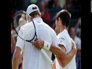 """Thể thao - Video: Hết trận, Djokovic """"bái phục"""" Querrey"""