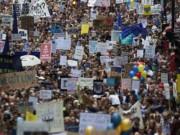 Thế giới - 50.000 người rầm rộ biểu tình kêu gọi Anh ở lại EU