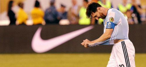 Rộ tin Messi có thể quay lại thi đấu cho Argentina