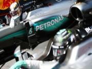 Thể thao - F1, Mercedes đấu đá: Tại anh hay tại ả