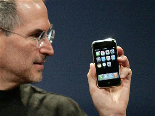 Apple bị kiện, đòi 10 tỷ USD tiền bản quyền iPhone