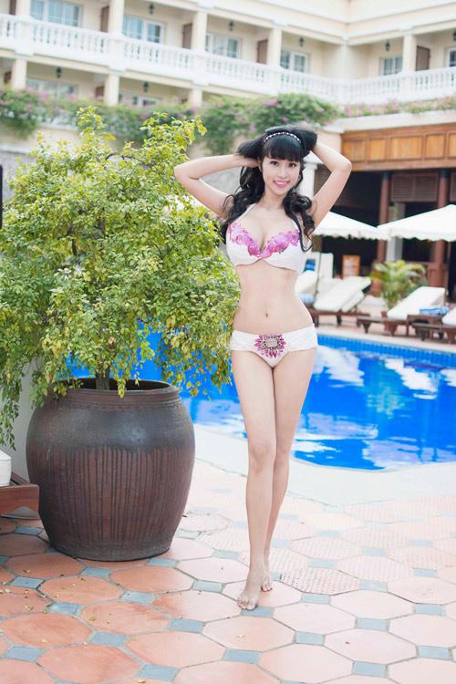 Lê Kiều Như mặc bikini tự thiết kế từ túi đựng rác - 7