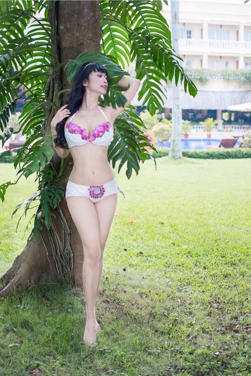 Lê Kiều Như mặc bikini tự thiết kế từ túi đựng rác - 6