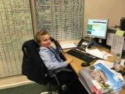 Bạn trẻ - Cuộc sống - Cậu bé 9 tuổi làm nhân viên kinh doanh sau khi bỏ học