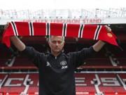 """Bóng đá - Họp báo Mourinho - MU: """"Muốn được như Sir Alex"""""""