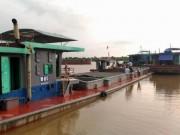 Tin tức trong ngày - Quặn lòng gia đình 4 người tử vong trong vụ chìm tàu