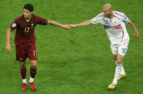 Chung kết Euro: Ngoài Ronaldo, Bồ Đào Nha chẳng có gì