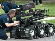 Thế giới - Robot tiêu diệt kẻ bắn tỉa chết 5 cảnh sát Mỹ thế nào?