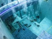 Thế giới - Khám phá bể bơi sâu nhất thế giới, bằng tòa nhà 14 tầng