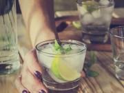 Ẩm thực - 3 loại nước không nên uống những ngày quá nóng