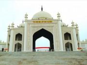 """Du lịch - Trung Quốc đổ tiền tỉ xây công viên Hồi giáo """"nhái"""""""