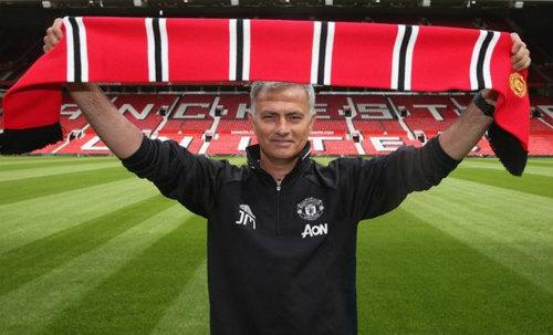 "Mourinho ""hất"" 4 sao MU: Sau Mata là Schweinsteiger"