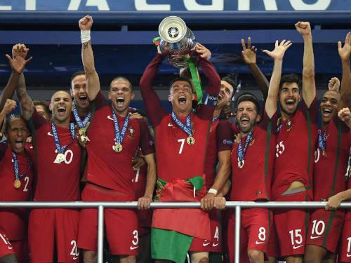 "Bồ Đào Nha & Leicester: 2 đội bóng, 1 kiểu ""điên rồ"" - 1"