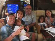 Bóng đá - Vô địch EURO, Ronaldo dùng máy bay đưa cả nhà đi chơi
