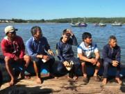 Tin tức trong ngày - 5 ngư dân bị tàu Trung Quốc tông chìm về đến đất liền