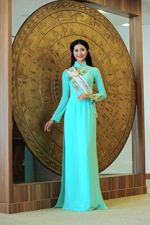 Chân dài cao 1m78 vượt trội ở Hoa hậu Bản sắc Việt - 15