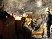 Tài chính - Bất động sản - Nguy cơ mất trắng cả trăm tỷ tiền nợ thuế khai thác vàng