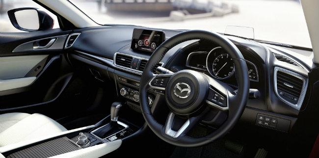 Giá xe Mazda 3 2017 từ 375 triệu VNĐ với 3 phiên bản lựa chọn