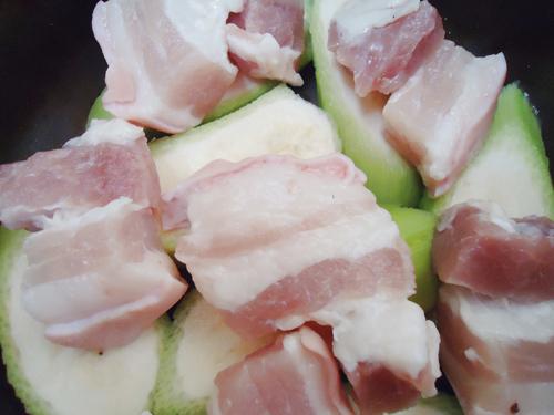Cá kho chuối xanh đậm đà, ngon cơm - 5