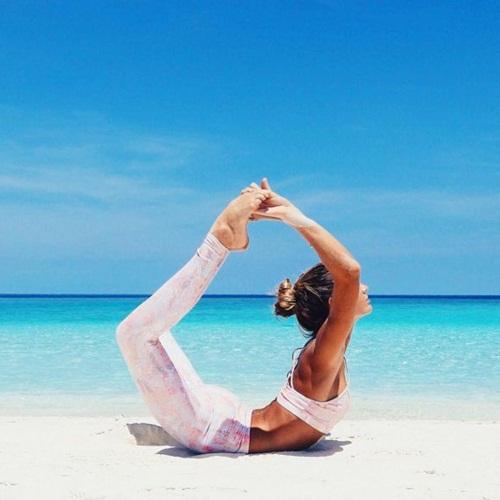 Ngất ngây với thân hình siêu mẫu của cô nàng mê yoga - 1