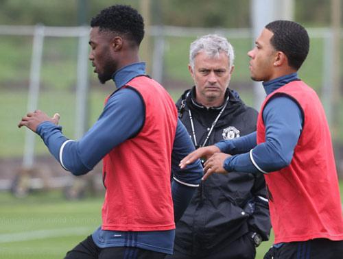 Mục tiêu MU - Mourinho: Vô địch hay vào top 4