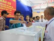Tin tức trong ngày - Bầu cử có hạn chế là 2 người trúng cử không đủ tư cách ĐBQH