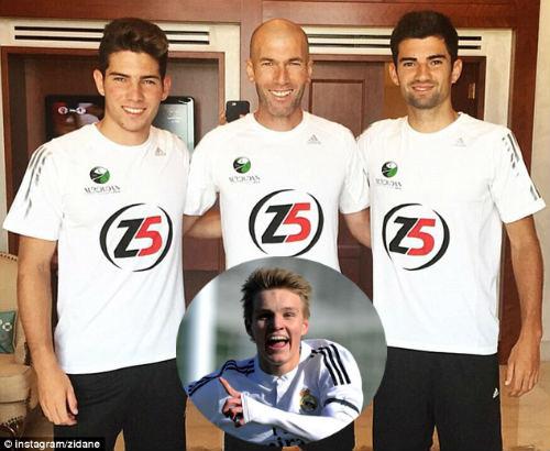 """Real: Zidane trên đường trở thành """"độc tài"""""""