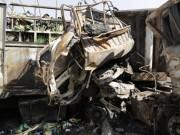 Tin tức trong ngày - Xe tải tông xe đầu kéo rồi bốc cháy, 2 người chết