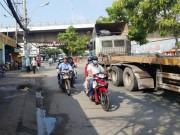 An ninh Xã hội - 5 nghi can đâm chết 2 người ở Sài Gòn ra đầu thú