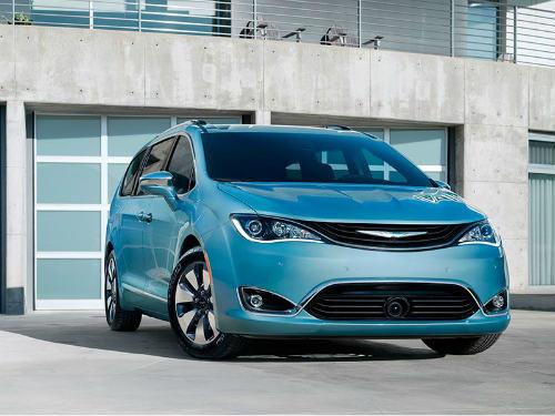 Top 10 xế minivan mới giá dưới 670 triệu đồng - 2