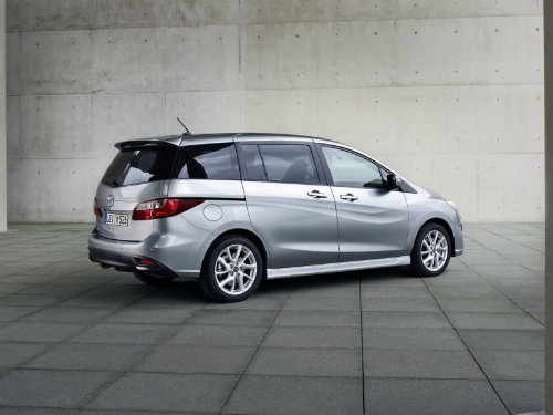 Top 10 xế minivan mới giá dưới 670 triệu đồng - 10